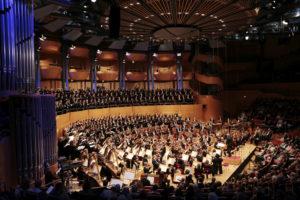 Zum Abschluss eine volle Philharmonie Foto Paul Leclair