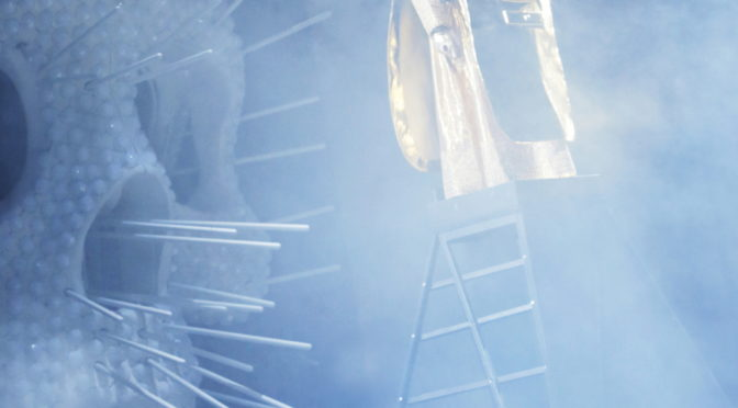 Kunst oder Leben! Benvenuto Cellini von Hector Berlioz eröffnet am letzten Wochenende die diesjährige Spielzeit an der Kölner Oper. Und die Opernkunst hat in Köln eine neue Ausweichspielstätte. Das Staatenhaus!