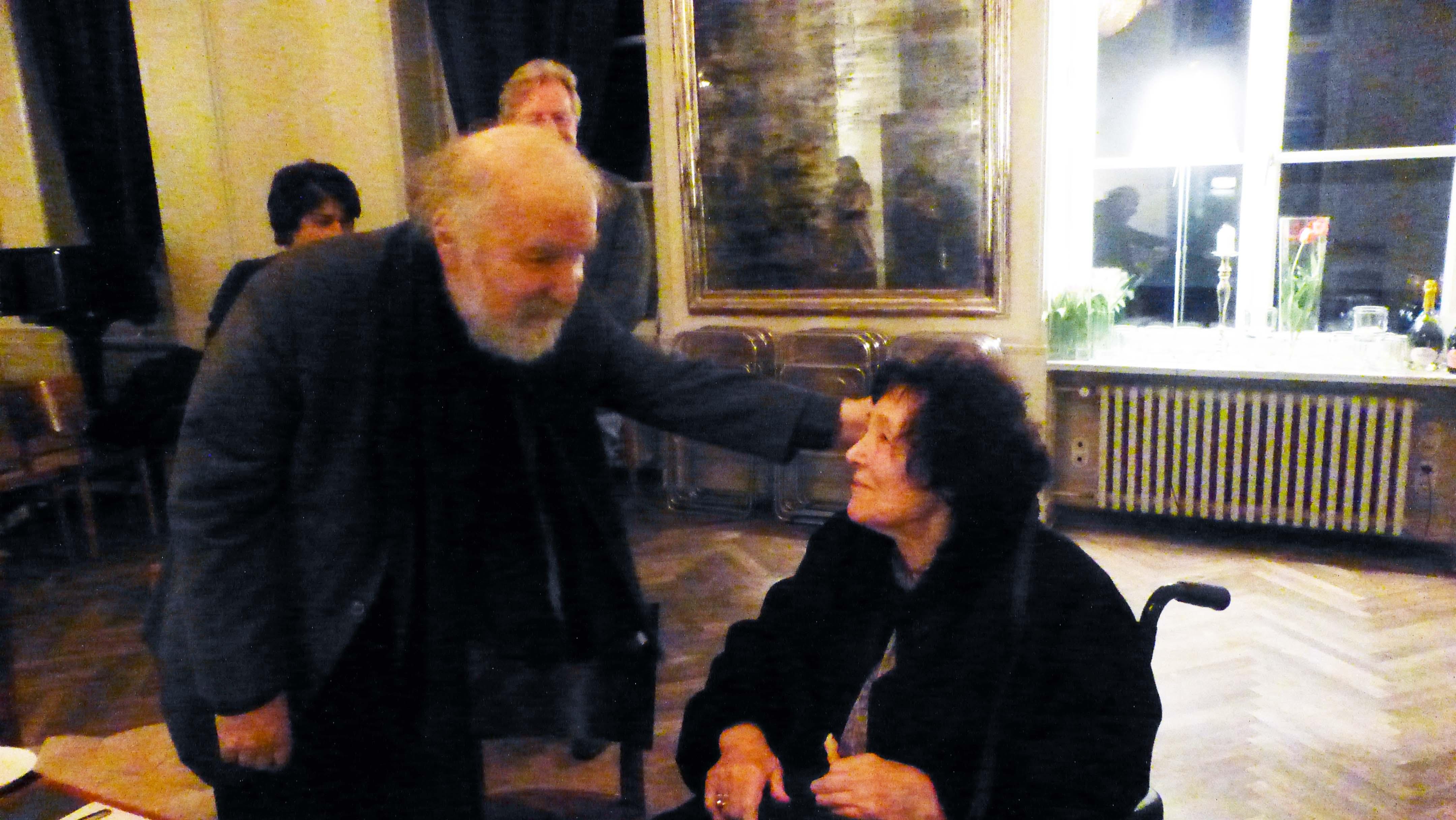Radu Lupu im Gespräch mit der wohl ältesten Damen aus dem Publikum vor dem Konzert.