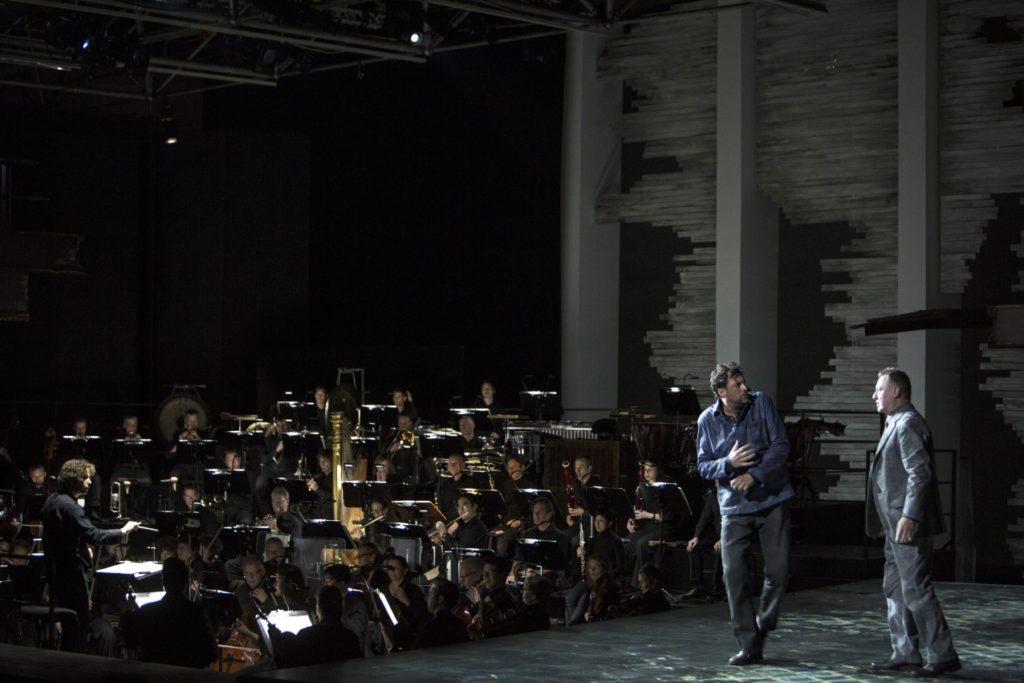 Gürzenich-Orchester Köln unter Leitung von Nicholas Collon, Marco Jentzsch (Peter Grimes), Robert Bork (Balstrode) Foto: © Bernd Uhlig