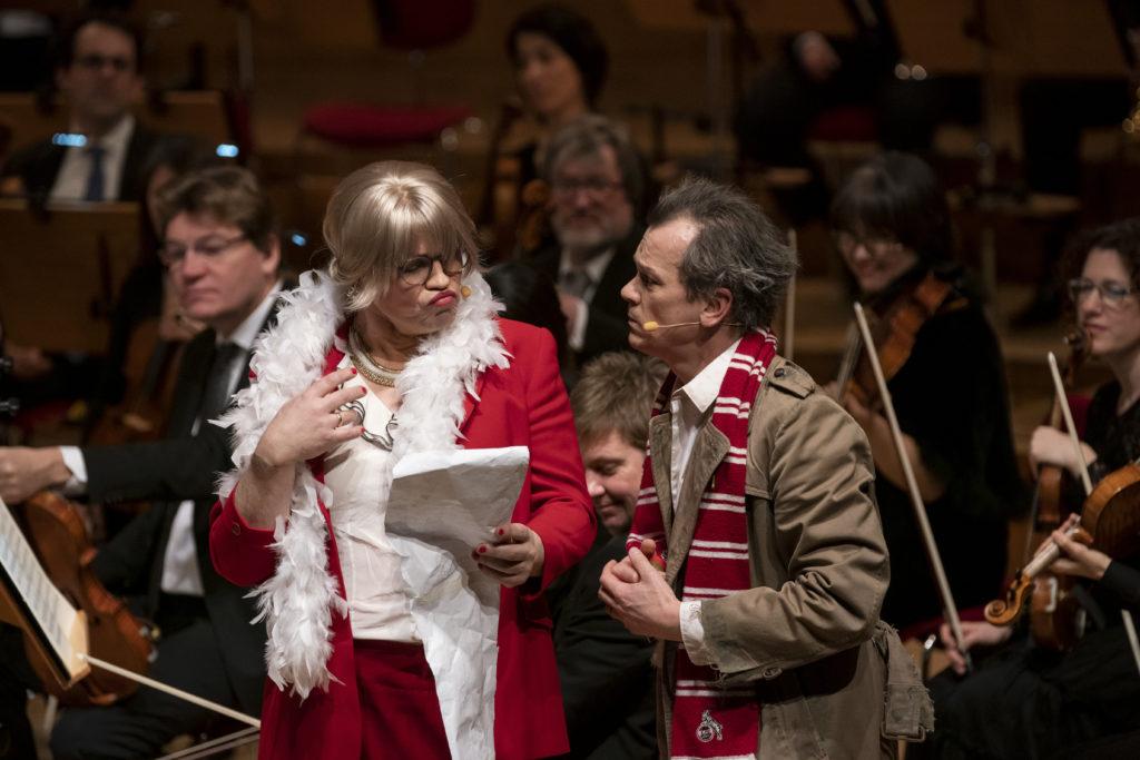 Inseklkönigin Oyayaye und Racle-à-Mort. Hagen Matzeit (Countertenor) und Matthias Klink (Tenor); Foto: Thomas Kost