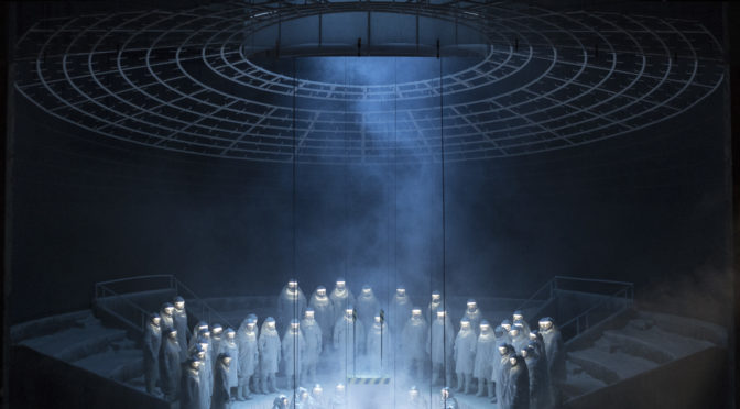 """Frankensteins Kreatur ringt in Brüssel um Liebe! Mark Greys abendfüllende Oper """"Frankenstein"""" feiert 200 Jahre nach der Veröffentlichung von Shelleys Novelle ihre Uraufführung am De Munt/La Monnaie"""
