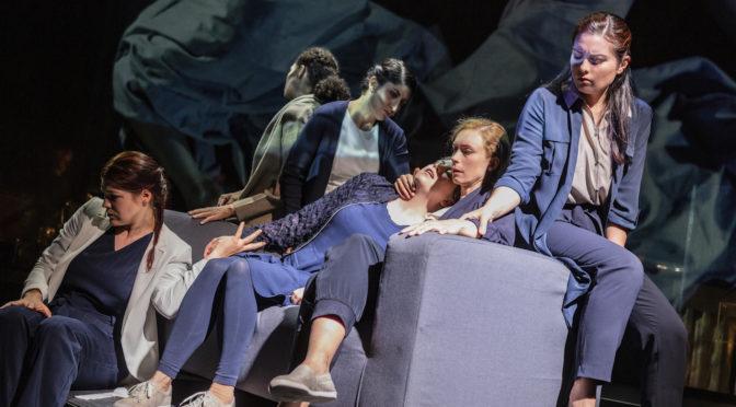 """Philip Venables' Kammeroper """"4.48 Psychose"""" erlebt ihre deutschsprachige Erstaufführung an der Semper Zwei"""