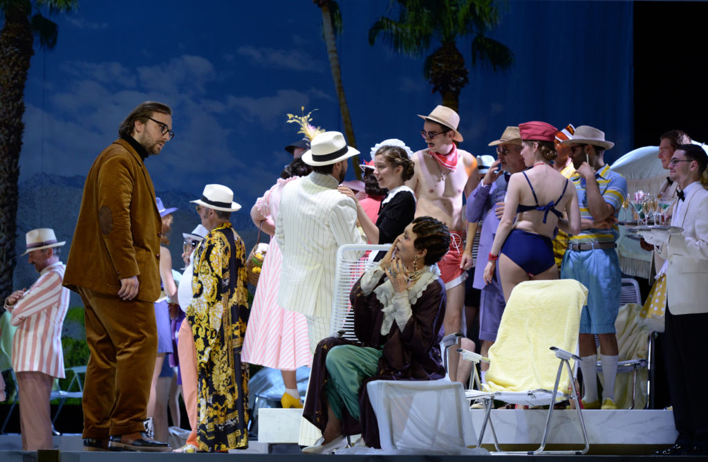 Sergey Polyakov (Germann), Hanna Schwarz (Die Gräfin), Ensemble, Chor der Deutschen Oper am Rhein, Statisterie; Foto: Hans Jörg Michel