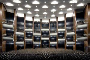 Opernhaus Köln. Foto: Christoph Seelbach