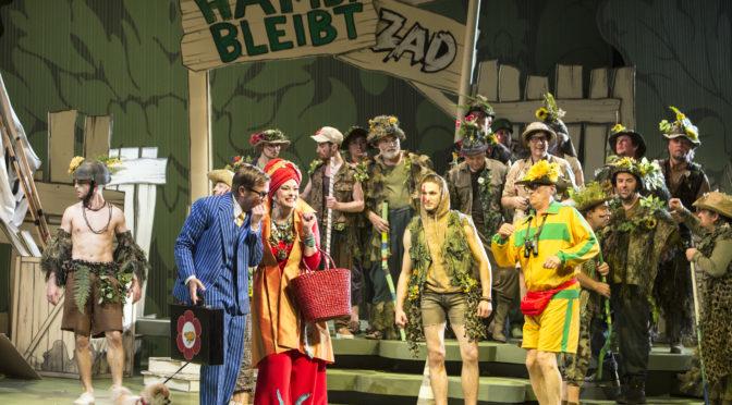 La Grande-Duchesse de Gérolstein von Jacques Offenbach erlebt an der Oper Köln eine opulente, aber strapazierende Bühnenschau
