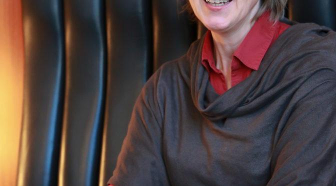 Das Land des Lächelns am Aalto-Theater feiert in der Regie von Sabine Hartmannshenn bald Premiere! Und da gibt es was zu sagen …
