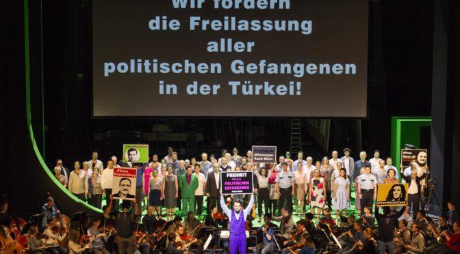"""Beethrifft: """"Fidelio"""" als Türkei-Tribunal! Das Theater Bonn eröffnet das Beethovenjahr 2020 mit Zeitzeugen und Dokumentationen über politische Gefangene in der Türkei!"""