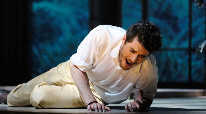 """Die Händelfestspiele Karlsruhe eröffnen mit """"Tolomeo"""" und alle schauen aufs Meer!  Jakub Józef Orliński glänzt in der Hauptrolle des Lebensmüden"""