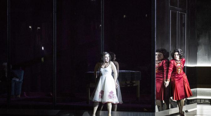 """100 Jahre Salzburger Festspiele: eine gewaltige """"Elektra"""" – und eine intime """"Così-Premiere"""" erst im Kino und TV, dann live in späteren Vorstellungen"""