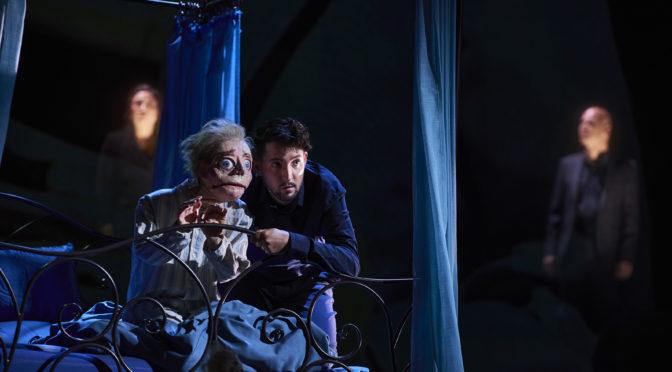 Dortmund eröffnet in NRW die Opernsaison mit Mozarts Entführung aus dem Serail, gekürzt und mit Puppenspieler Nikolaus Habjan im Zentrum. Das Ensemble singt am Bühnenrand