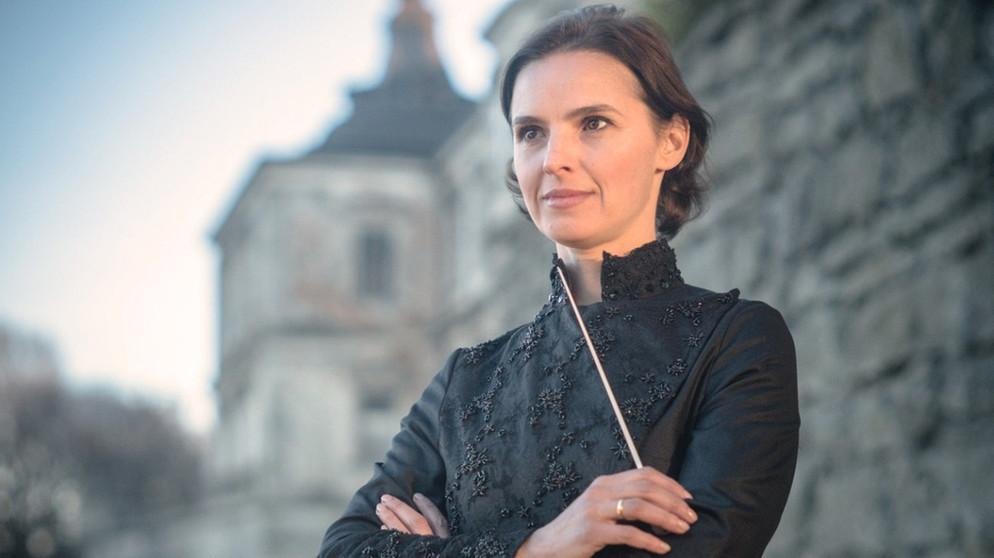 Oksana Lyniv wird als erste Dirigentin in Bayreuth dirigieren!
