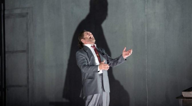 """Mussorkskys """"Boris Godunov"""" in Zürich groß besetzt mit überragendem Michael Volle in der Titelpartie"""