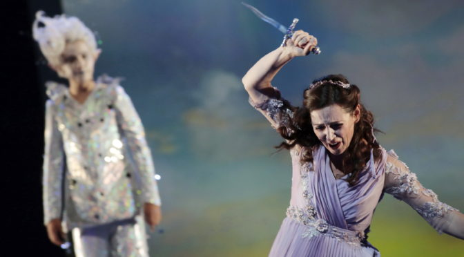 """""""Die Zauberflöte"""" oder was bedeutet uns Kultur? Eine Sängerin und ein Opernregisseur über Zweitbesetzung, Abstandsregeln auf der Bühne und Zwangspausen im Lockdown in Köln und London"""