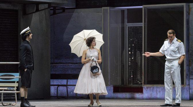 """Live aus der Wiener Staatsoper als Stream: Hans Werner Henzes grandios leidenschaftliches Musikdrama nach dem Roman """"Gogo no Eiko"""" von Yukio Mishima mit Bo Skovhus"""
