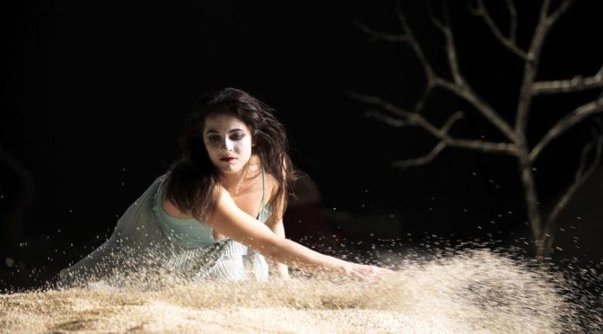 """Der erste Stream der Kölner Oper: """"Written on Skin"""" von George Benjamin, in Sand und Haut geschrieben!"""