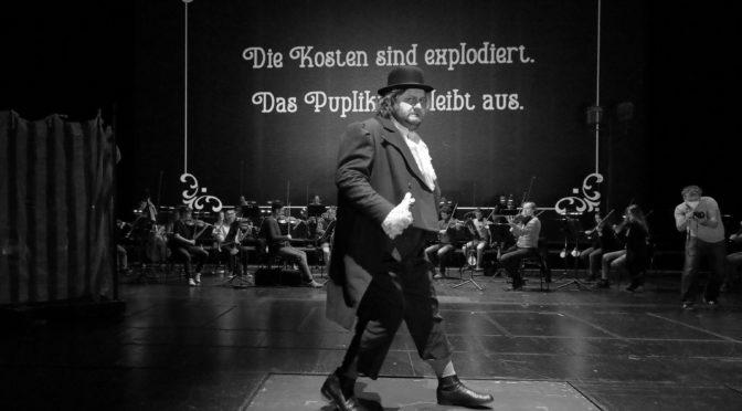 """Rossinis """"Il Signor Bruschini"""" im Stummfilmambiente"""