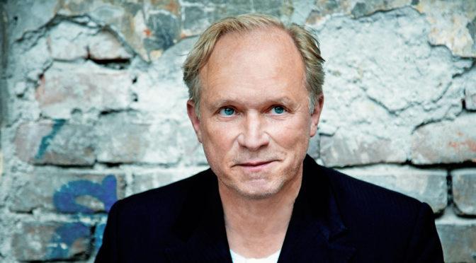 Heimat Europa Filmfestspiele im Hunsrück. Ulrich Tukur verleiht den Edgar