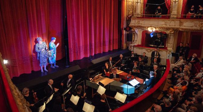 """Glucks """"Orfeo"""" in der Parma-Fassung mit Kabarett, dazu Dressmanshow mit Spitzentönen bei den Gluckfestspielen"""