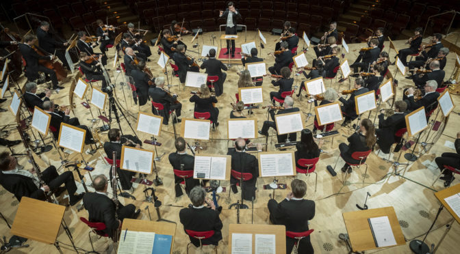 Der Deutsche Dirigentenpreis 2021 ist in der Kölner Philharmonie an den Belgier Martijn Dendievel gegangen