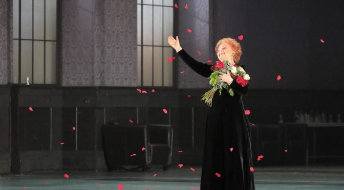 Edita-Farewell! Ein Nachruf auf die Primadonna assoluta